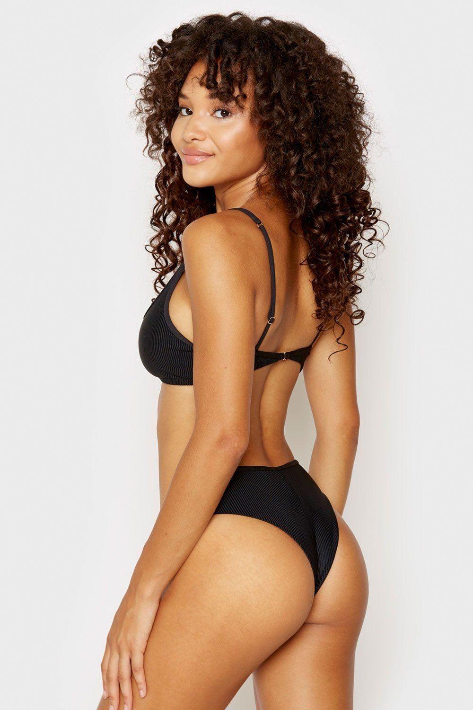 Jamea Lynee Nude & Sexy 0176