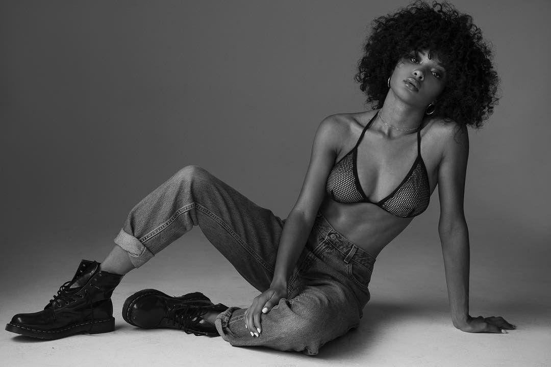 Jamea Lynee Nude & Sexy 0218