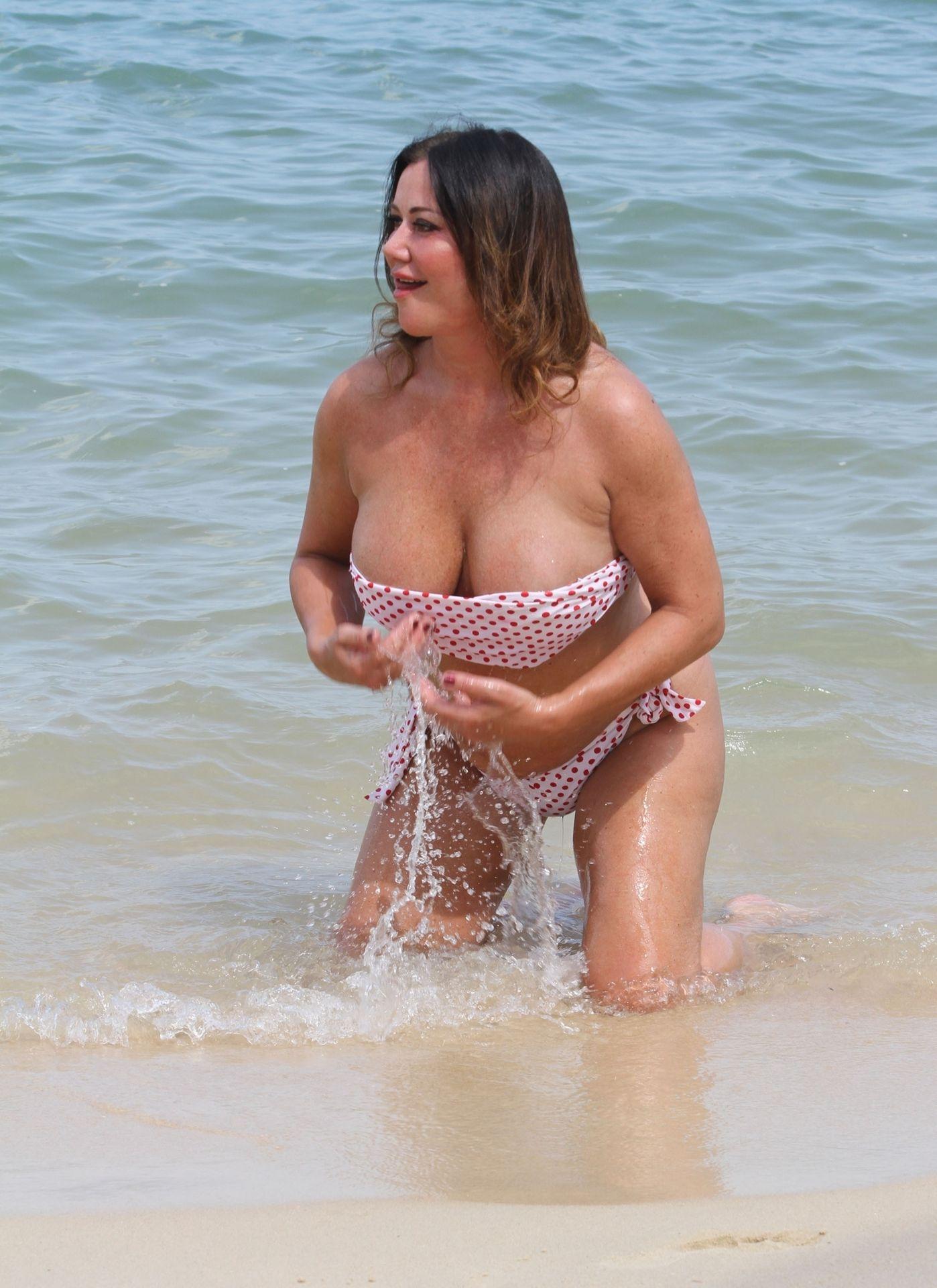 Lisa Appleton Hot & Topless 0005