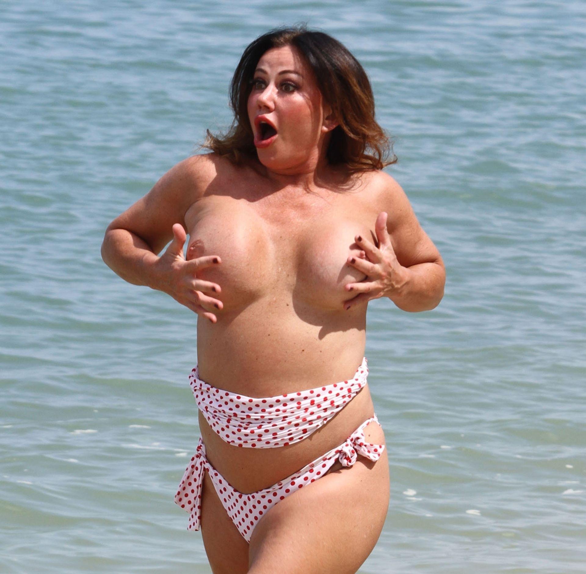 Lisa Appleton Hot & Topless 0028