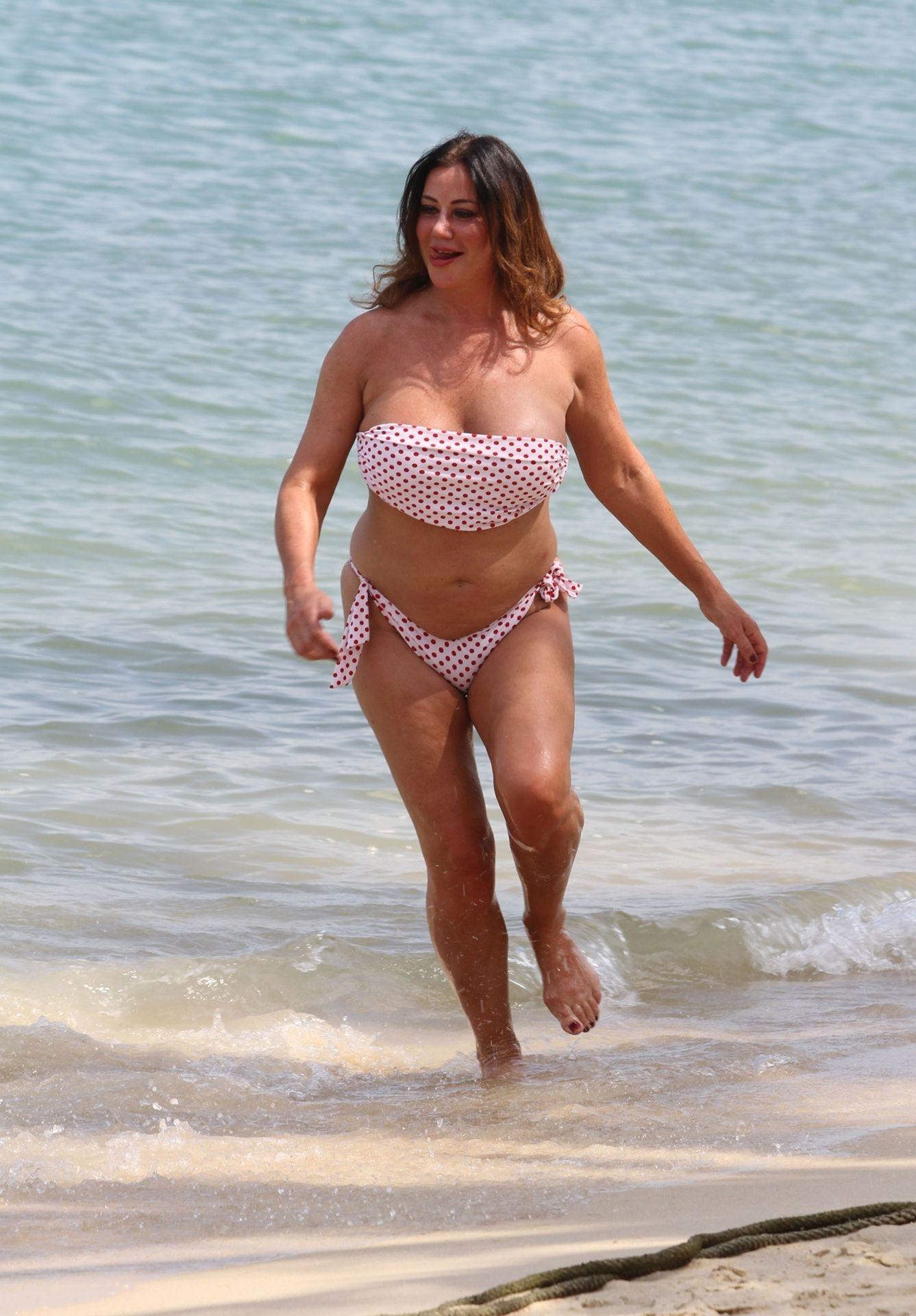 Lisa Appleton Hot & Topless 0031