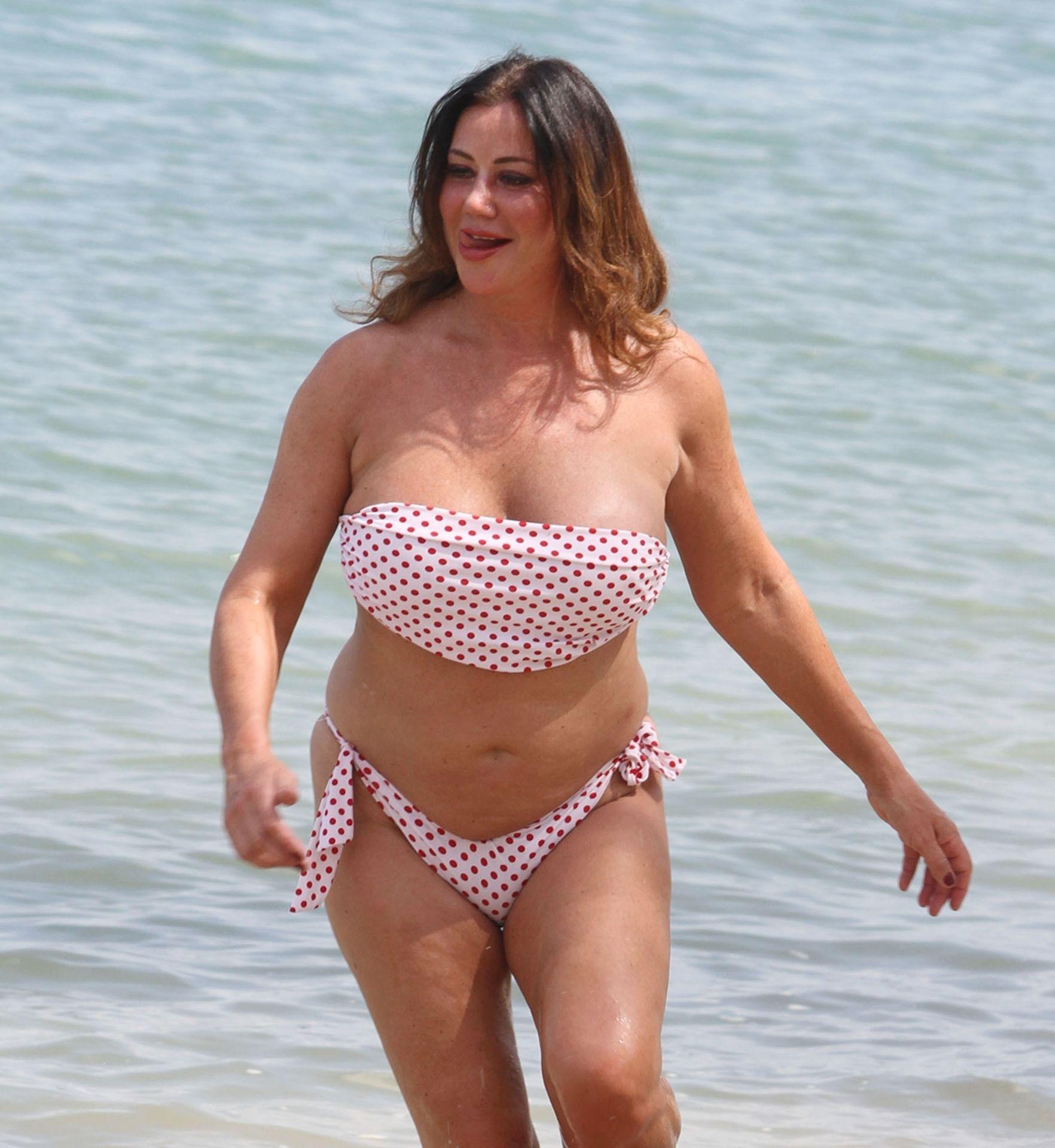 Lisa Appleton Hot & Topless 0032