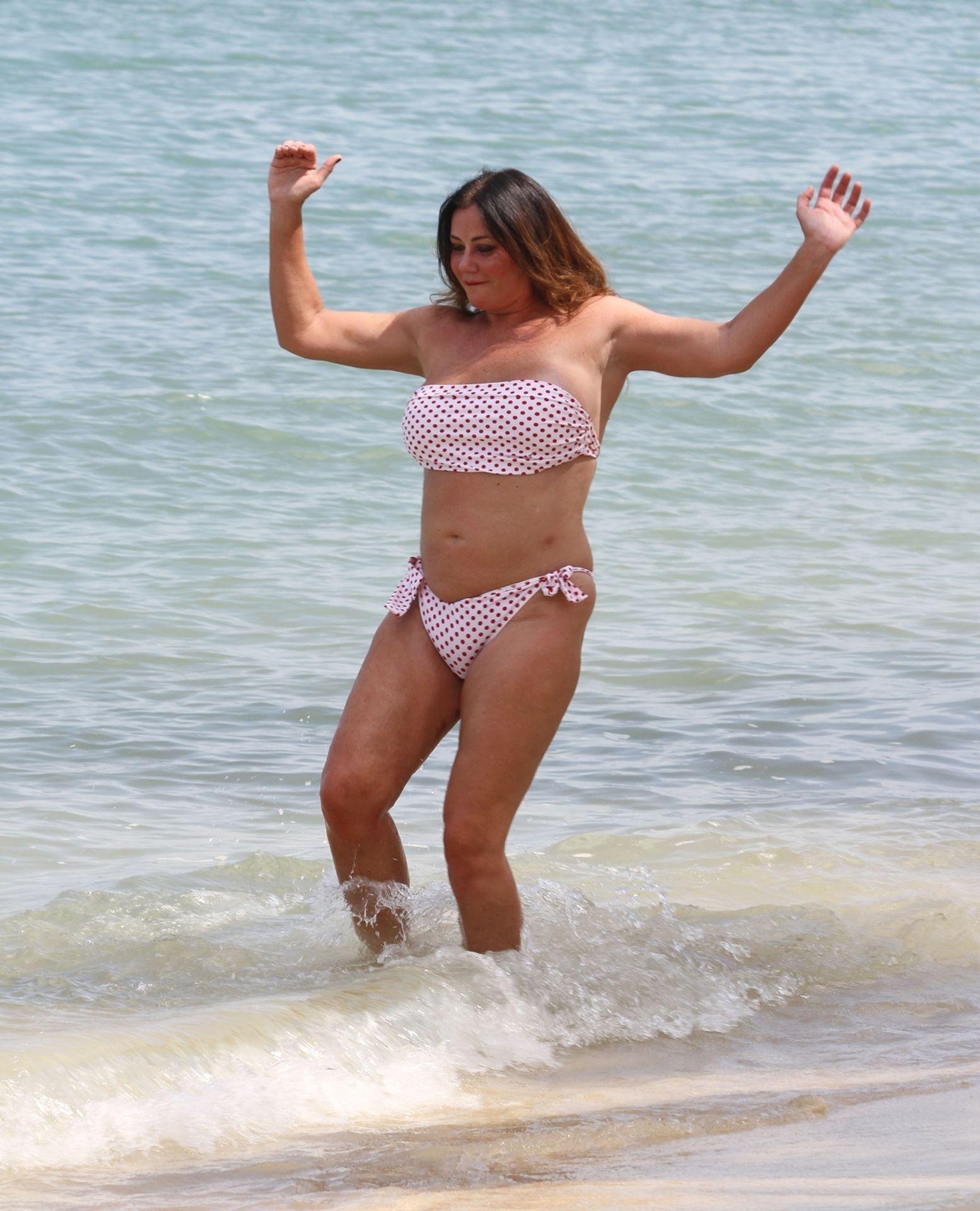 Lisa Appleton Hot & Topless 0035