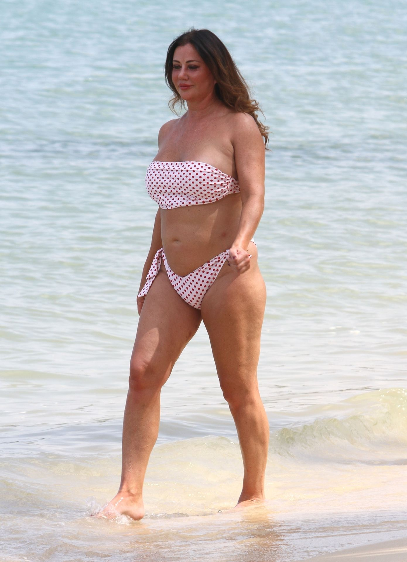 Lisa Appleton Hot & Topless 0038