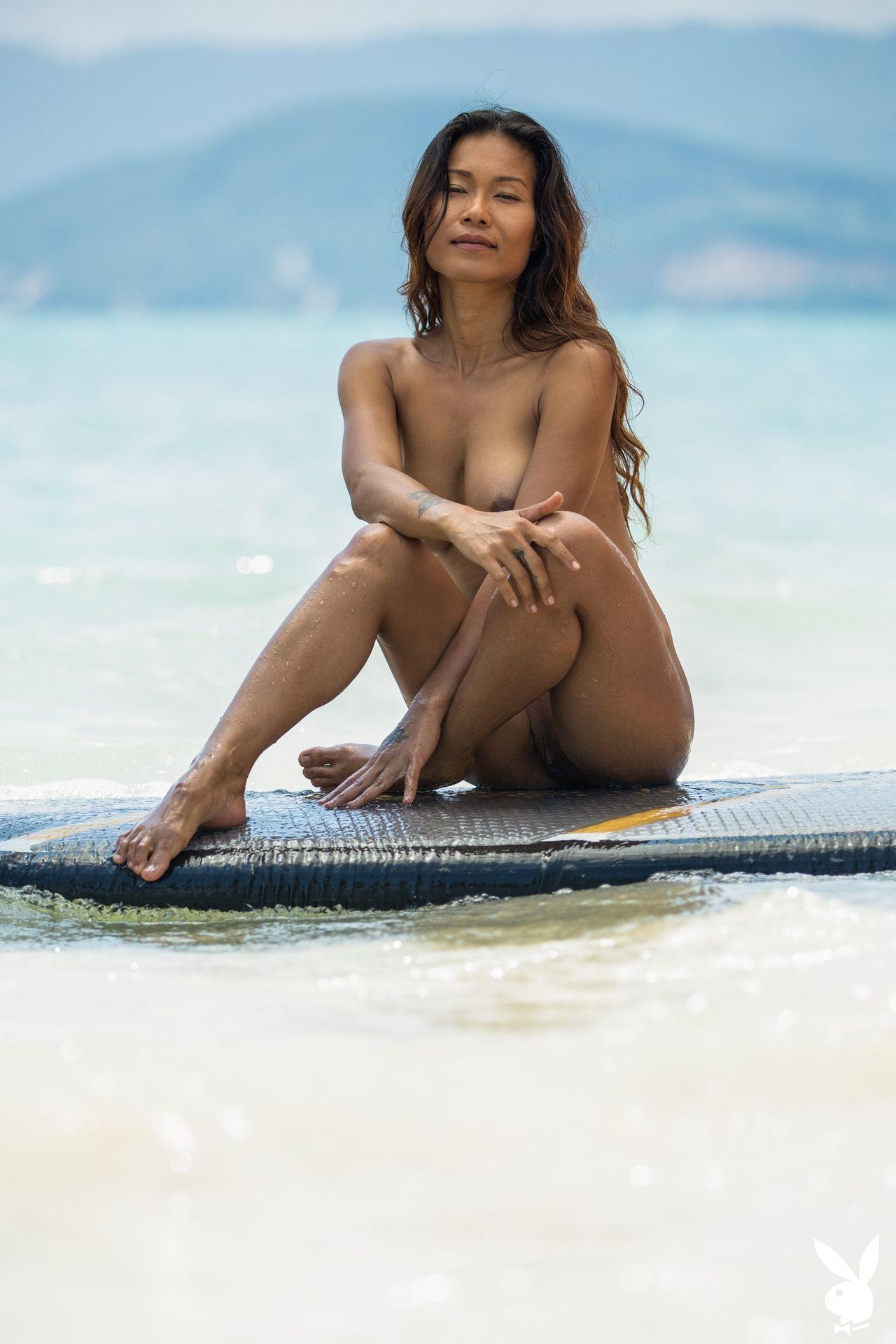 Maki Katana Nude – Catching A Wave 0022