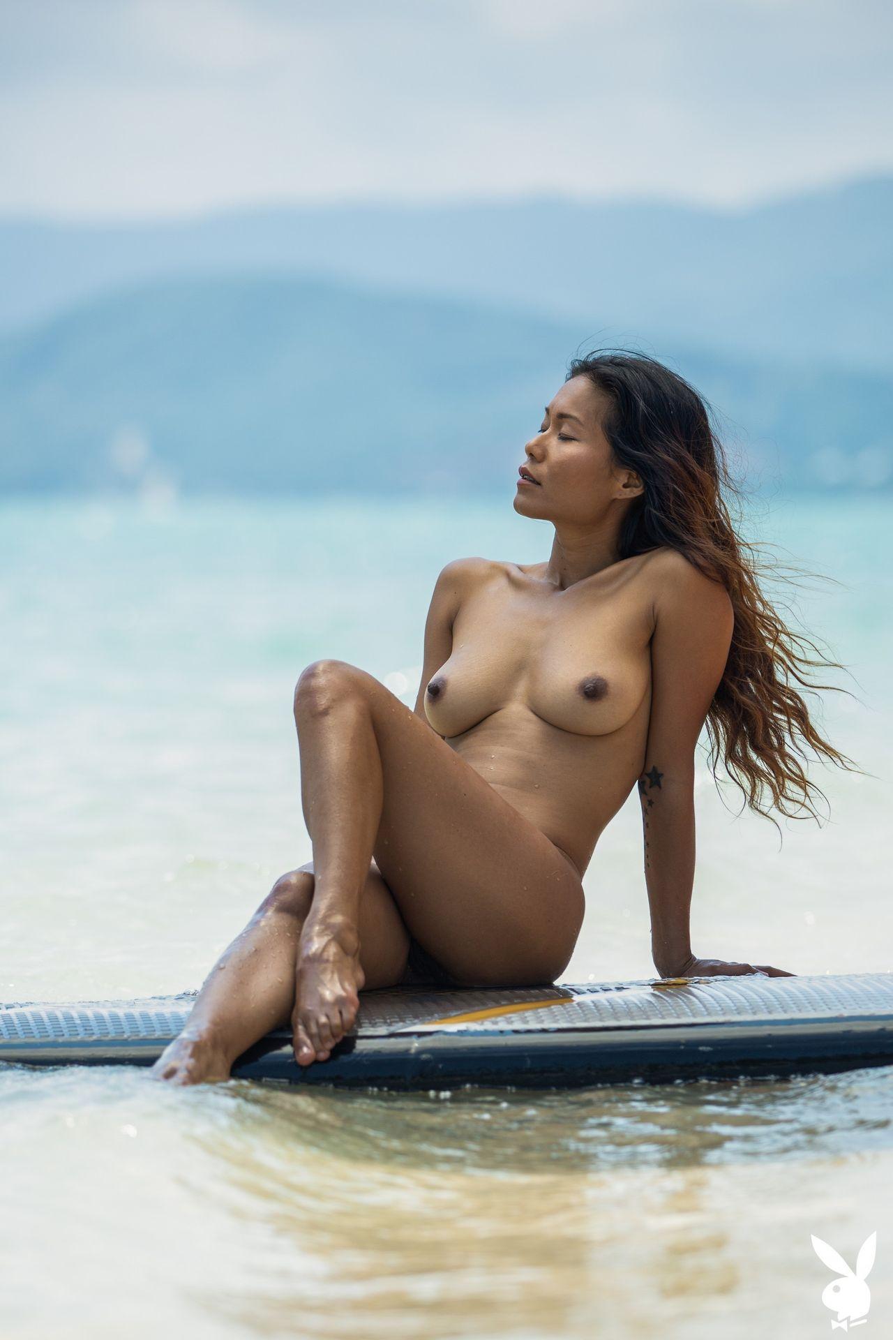 Maki Katana Nude – Catching A Wave 0023