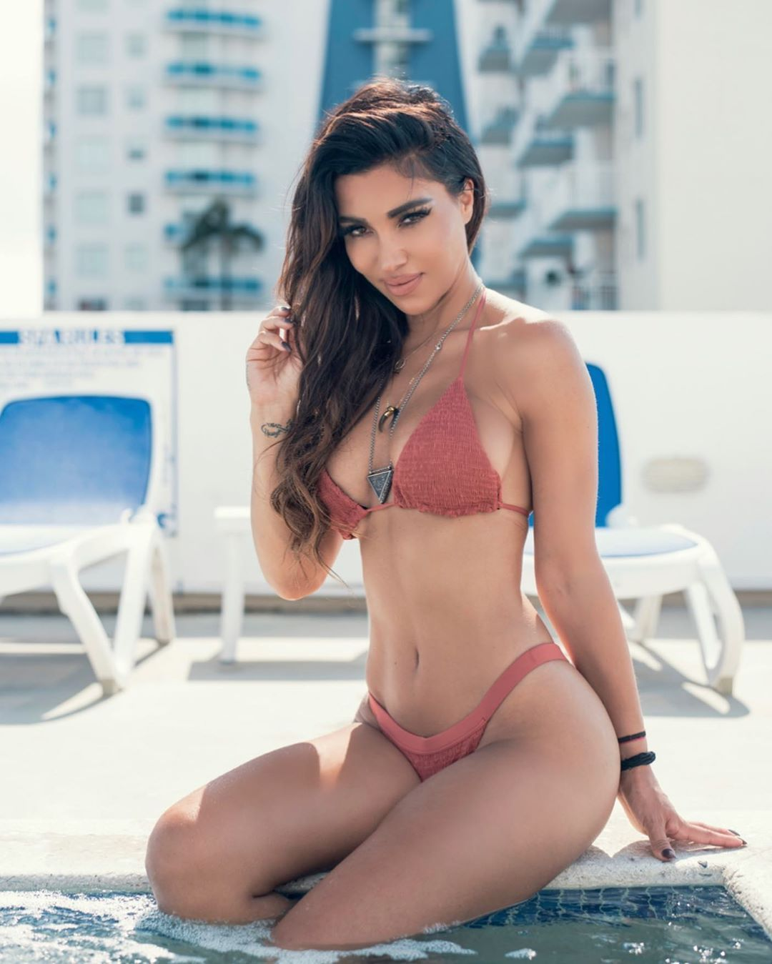 Metisha Schaefer Sexy 0001