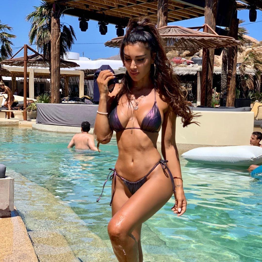 Metisha Schaefer Sexy 0010