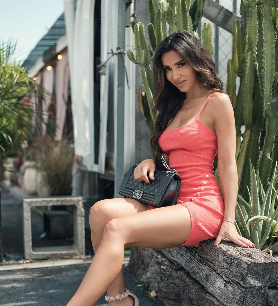 Metisha Schaefer Sexy 0021