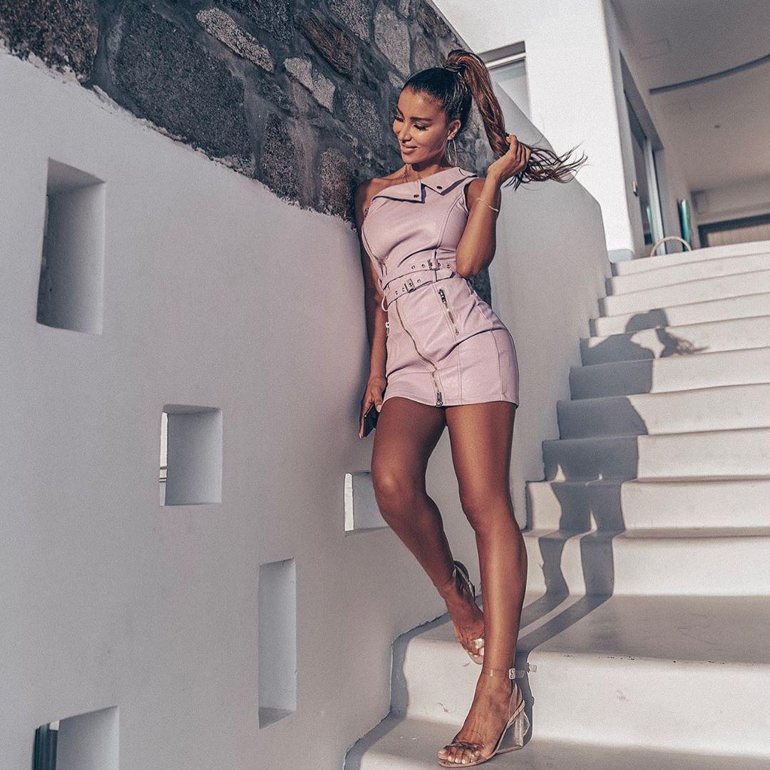 Metisha Schaefer Sexy 0026