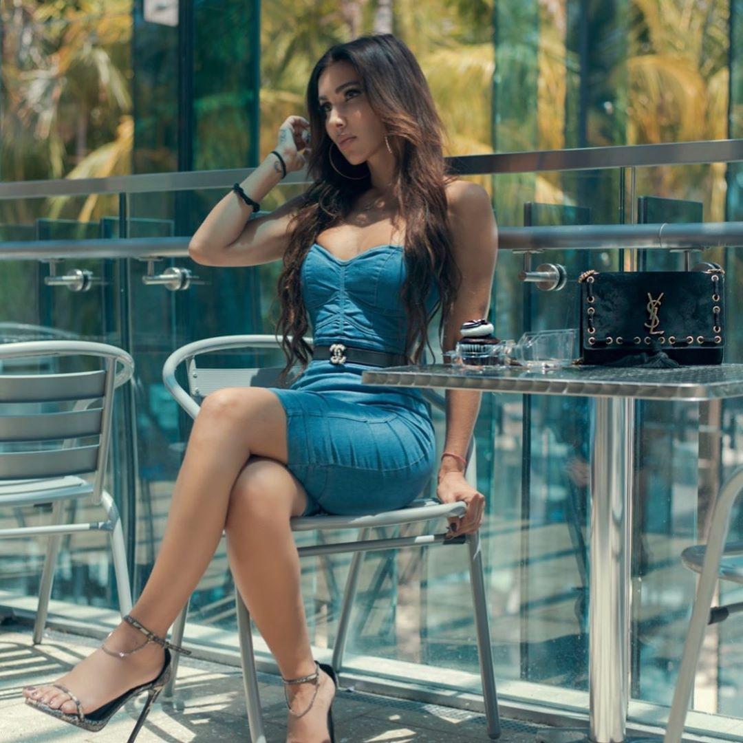 Metisha Schaefer Sexy 0046