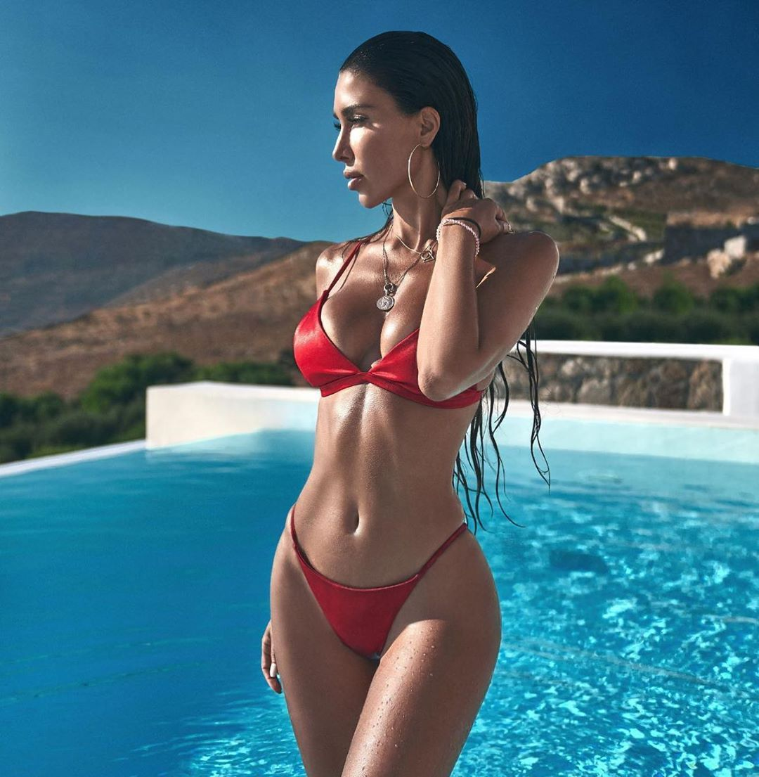 Metisha Schaefer Sexy 0072