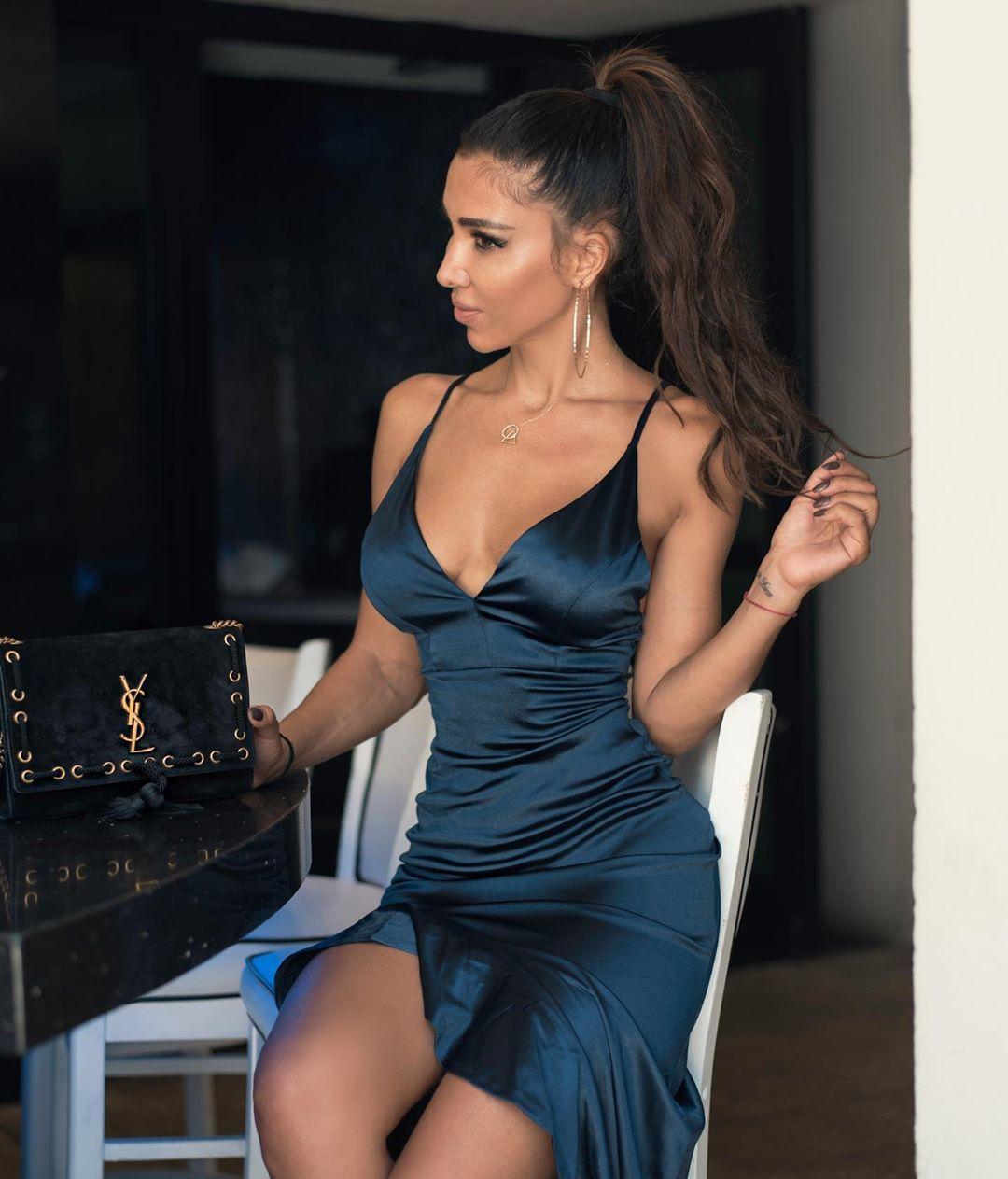 Metisha Schaefer Sexy 0107