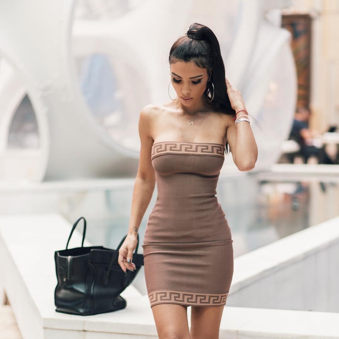 Metisha Schaefer Sexy 0146