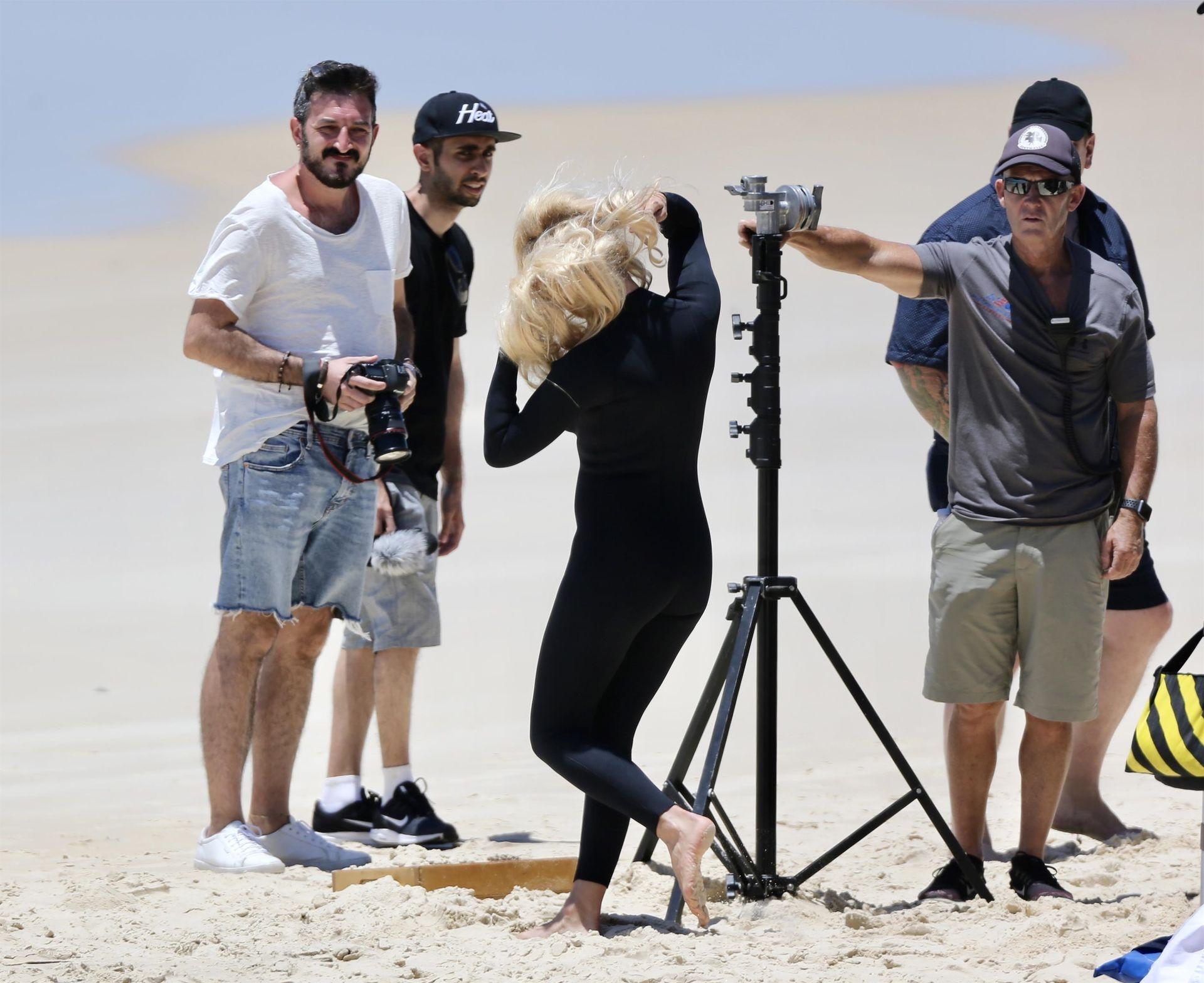 Pamela Anderson Sexy 0015