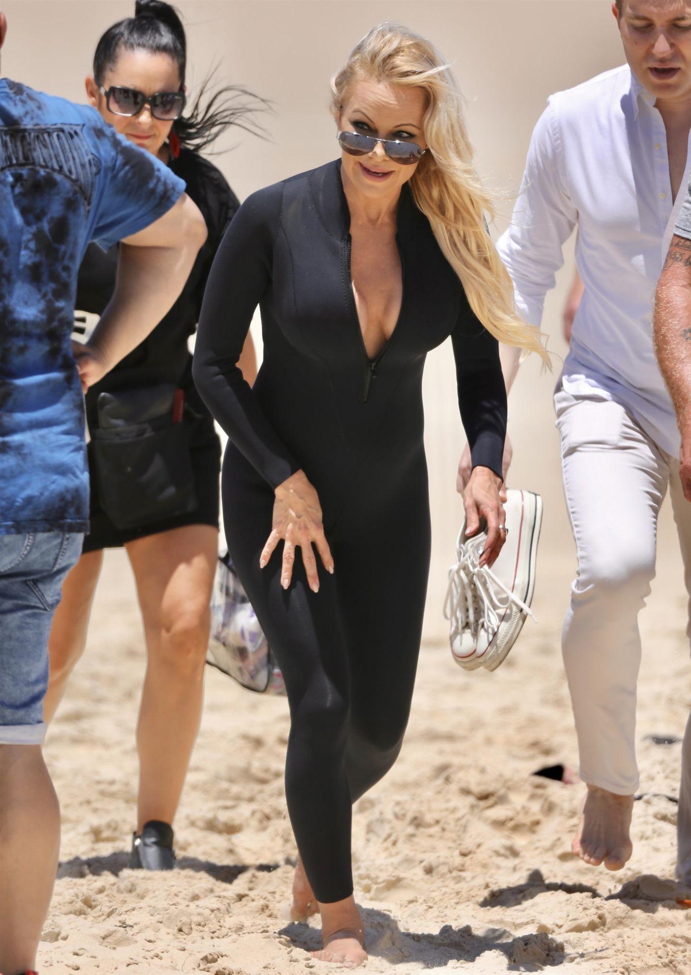 Pamela Anderson Sexy 0018