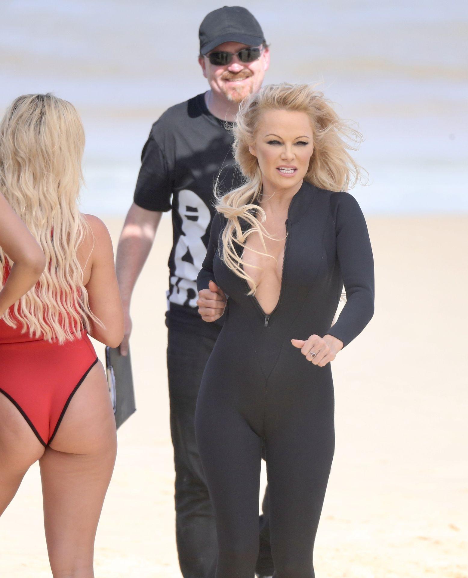 Pamela Anderson Sexy 0041