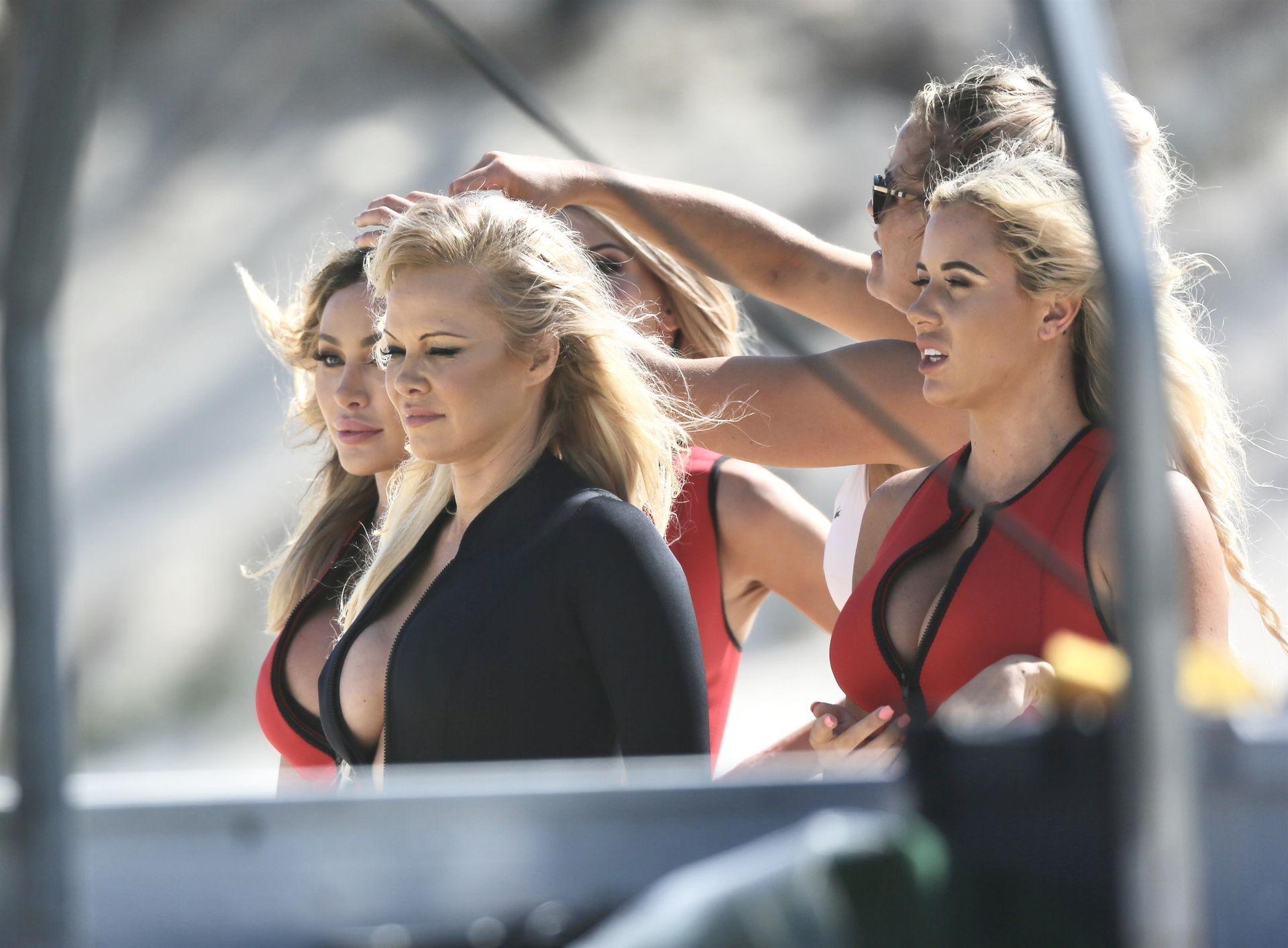Pamela Anderson Sexy 0043