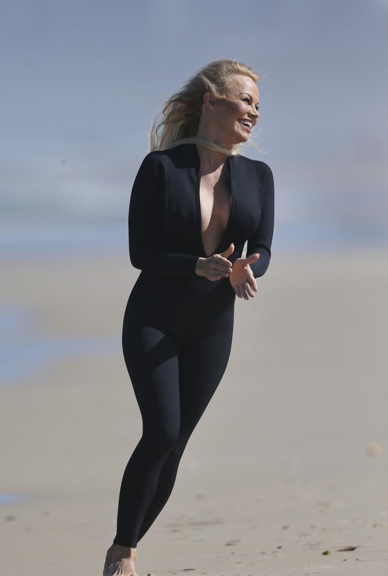 Pamela Anderson Sexy 0053
