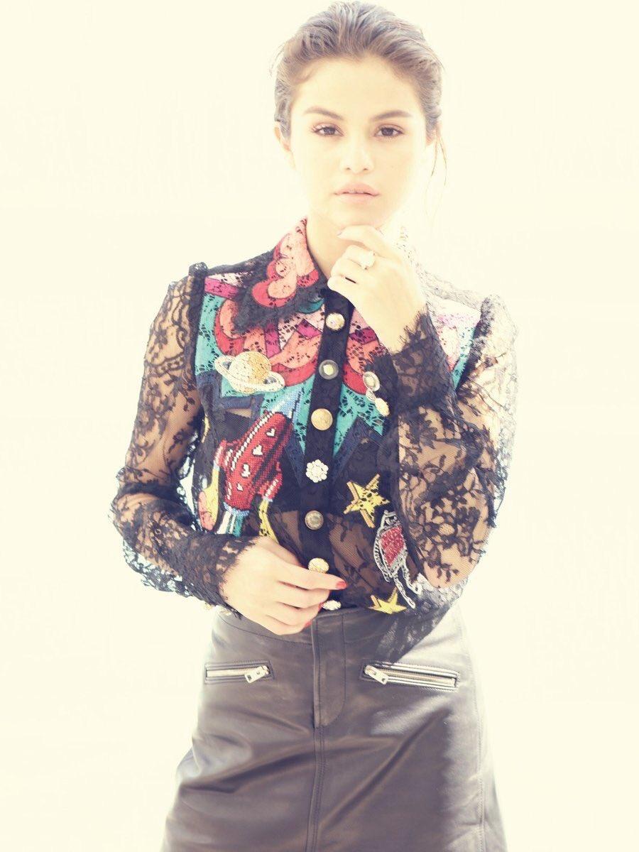 Selena Gomez Sexy 0070