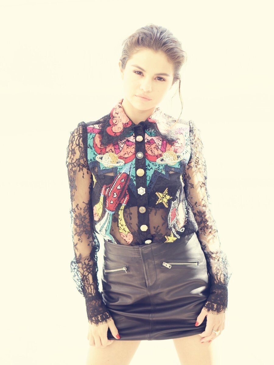 Selena Gomez Sexy 0071