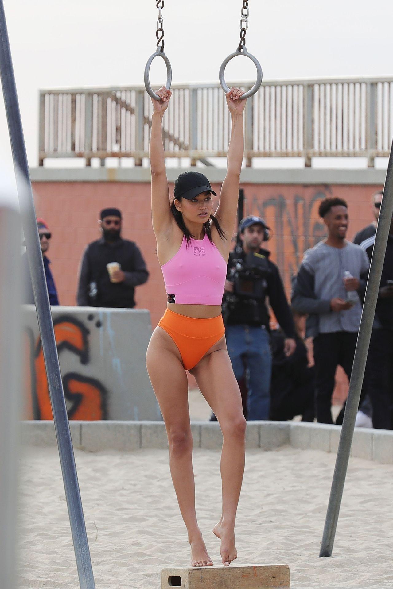 Shanina Shaik Sexy 0024