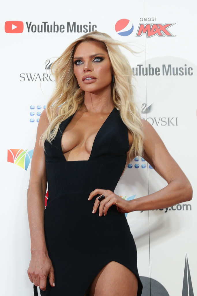 Sophie Monk Sexy 0002