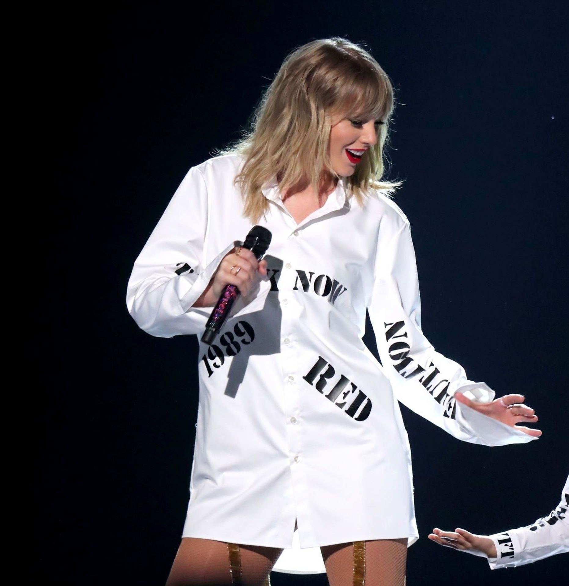 Taylor Swift Sexy 0043