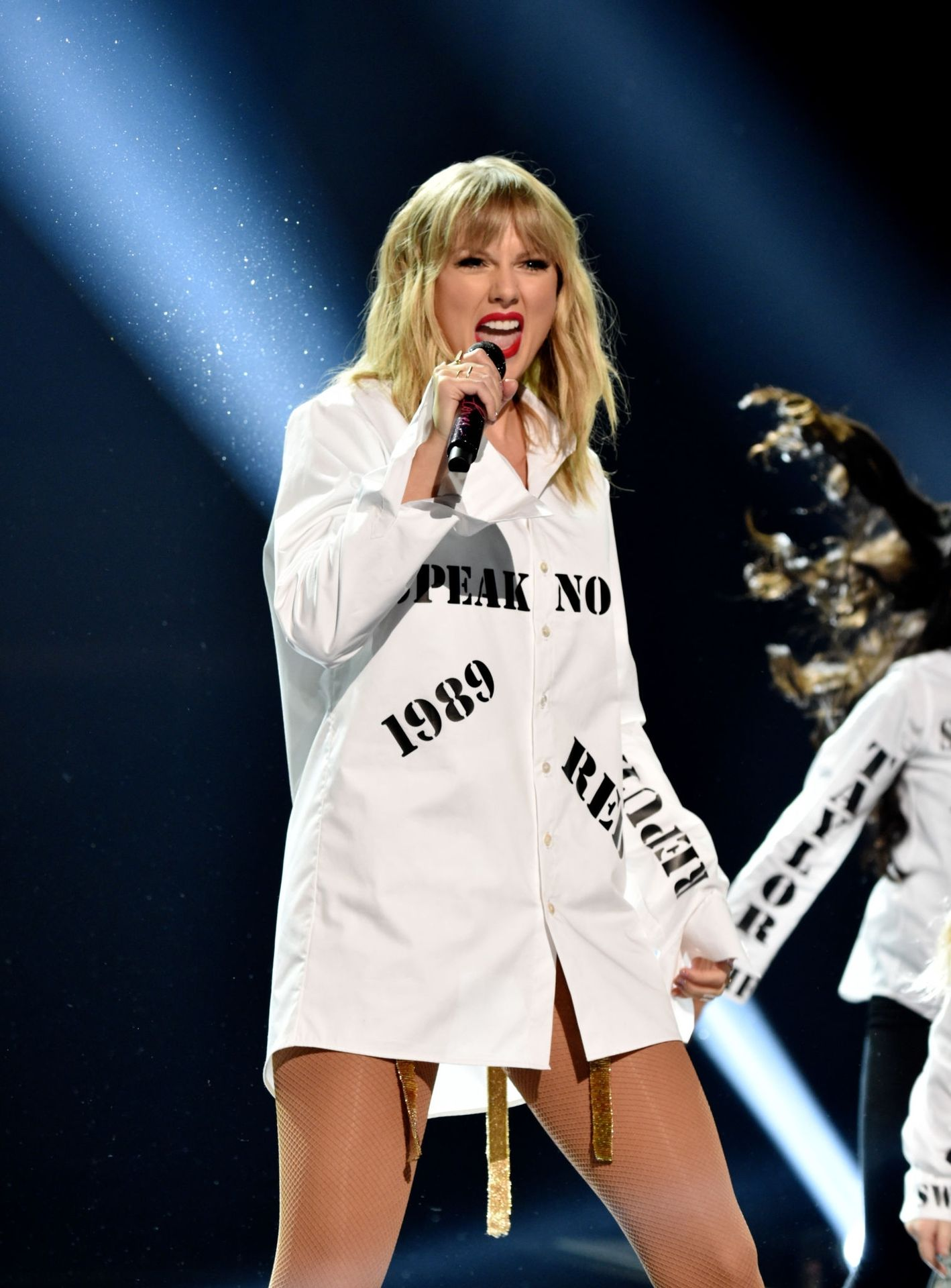 Taylor Swift Sexy 0049