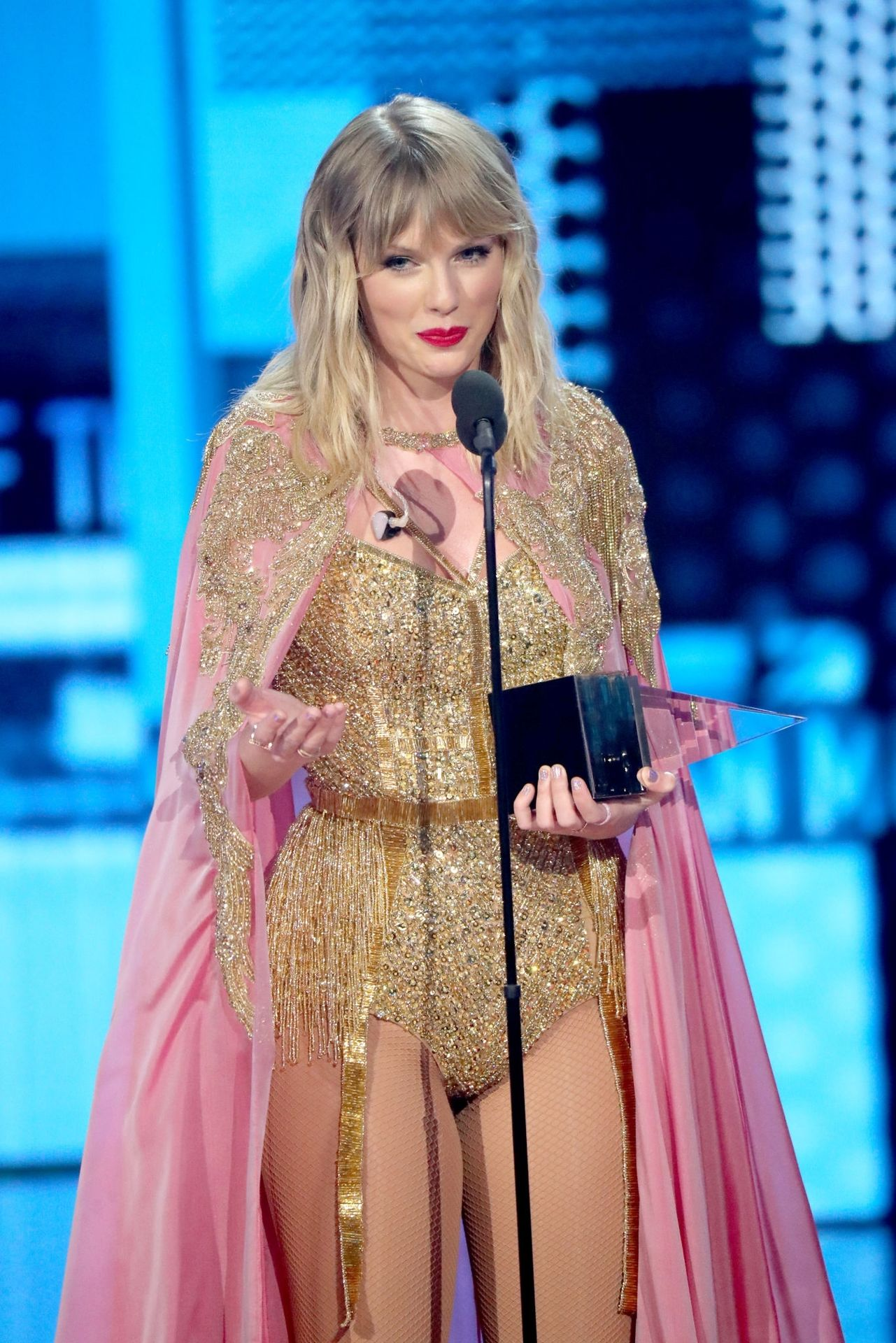 Taylor Swift Sexy 0133