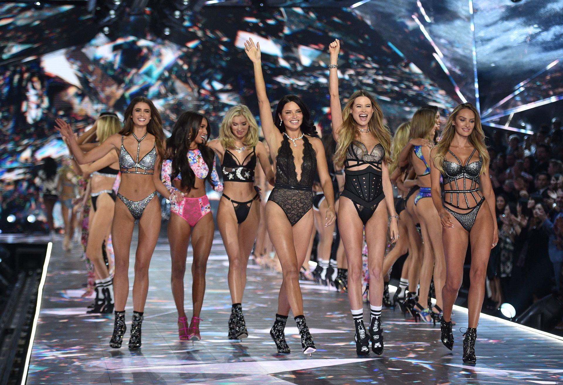 Victoria's Secret Cancels Must See Fashion Show 0001