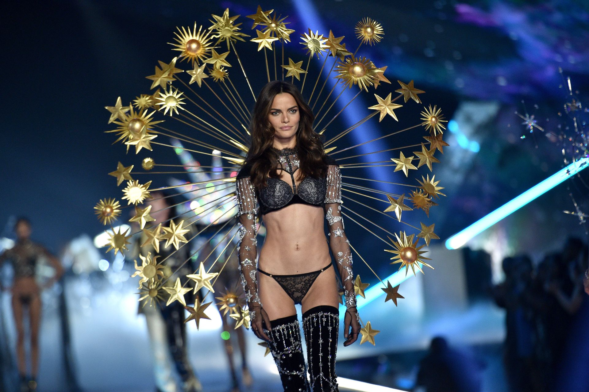 Victoria's Secret Cancels Must See Fashion Show 0002