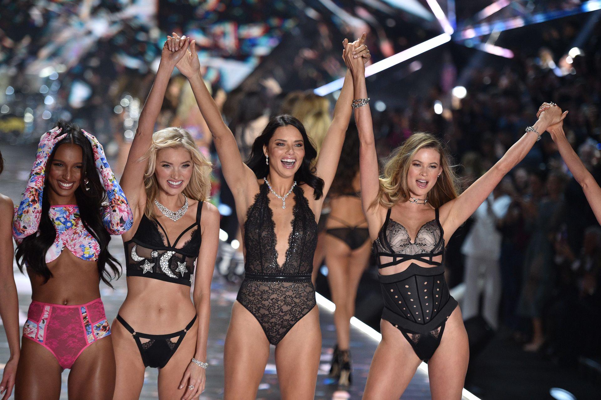 Victoria's Secret Cancels Must See Fashion Show 0008