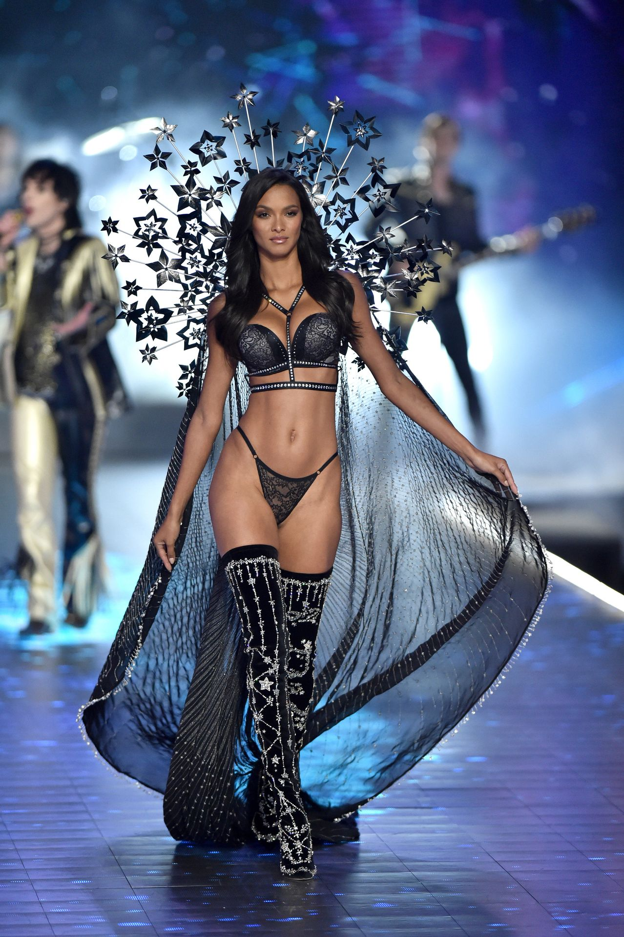Victoria's Secret Cancels Must See Fashion Show 0011