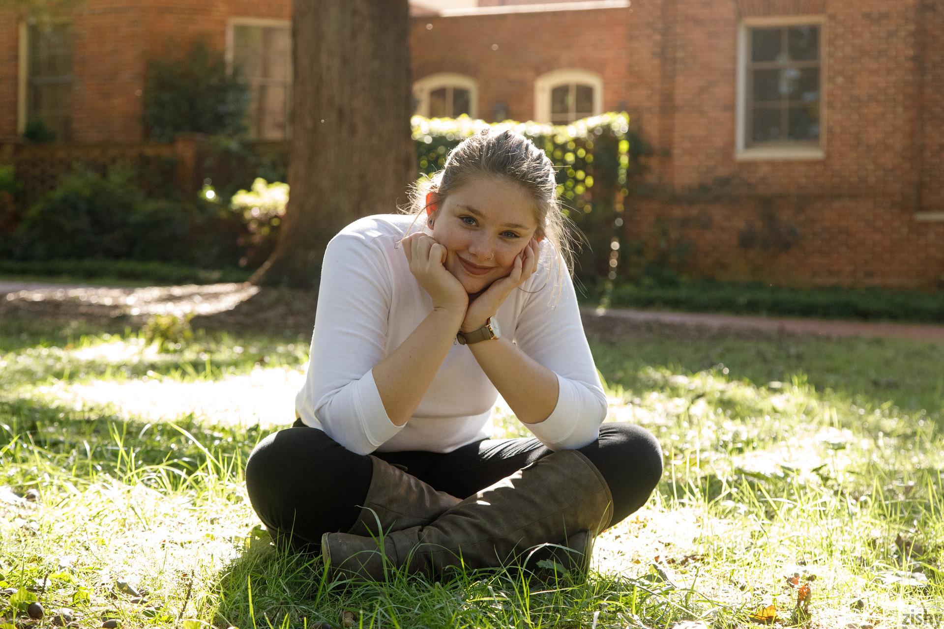 Fawn Richfield At Chapel Hill Zishy (25)