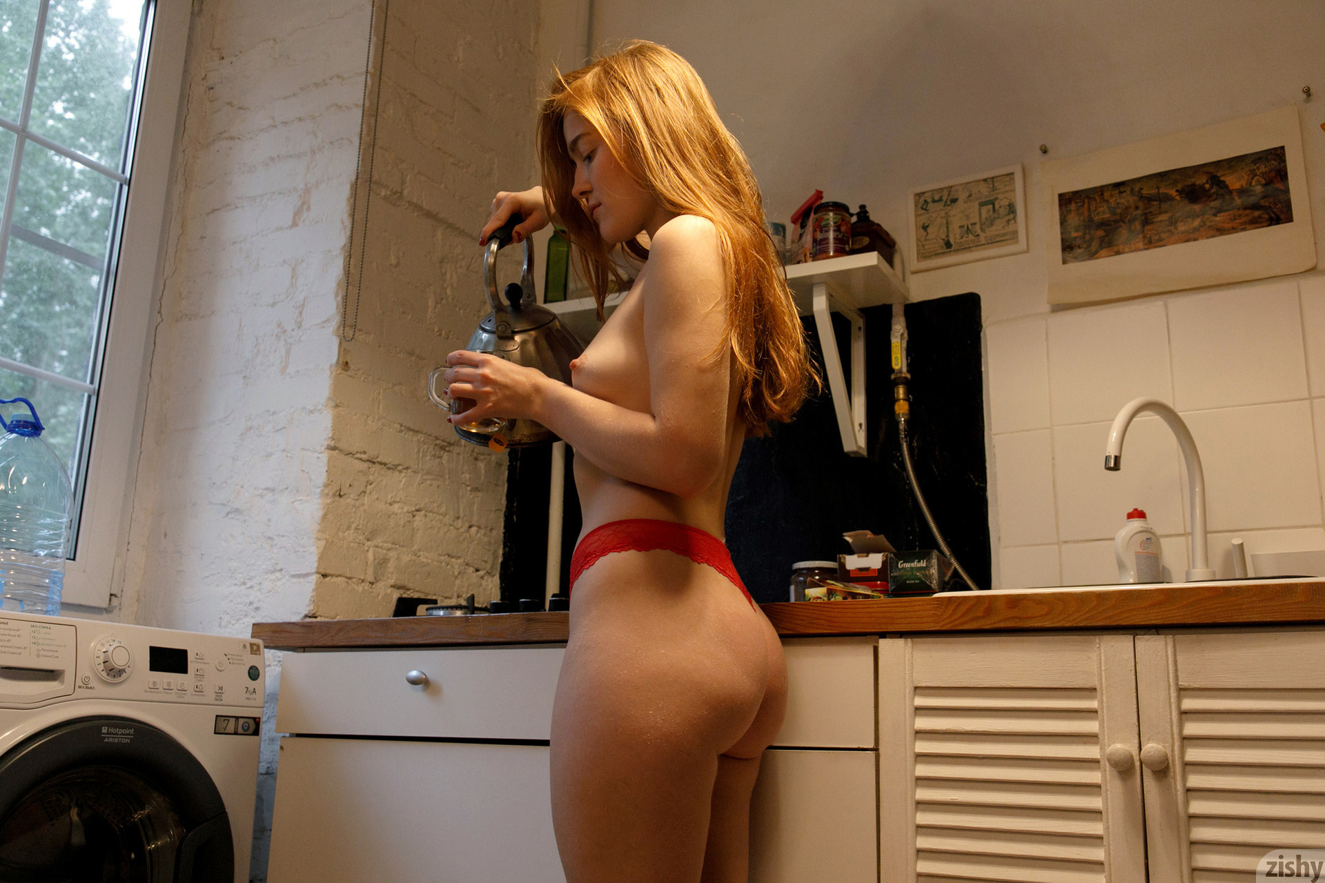 Jia Lissa Russians Love Tea Zishy (24)