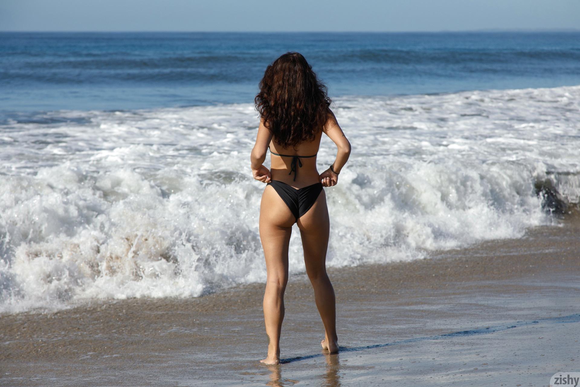 Nalani Dacus Sand Water Therapy Zishy (16)