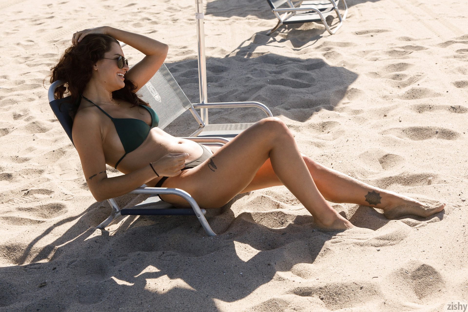 Nalani Dacus Sand Water Therapy Zishy (21)