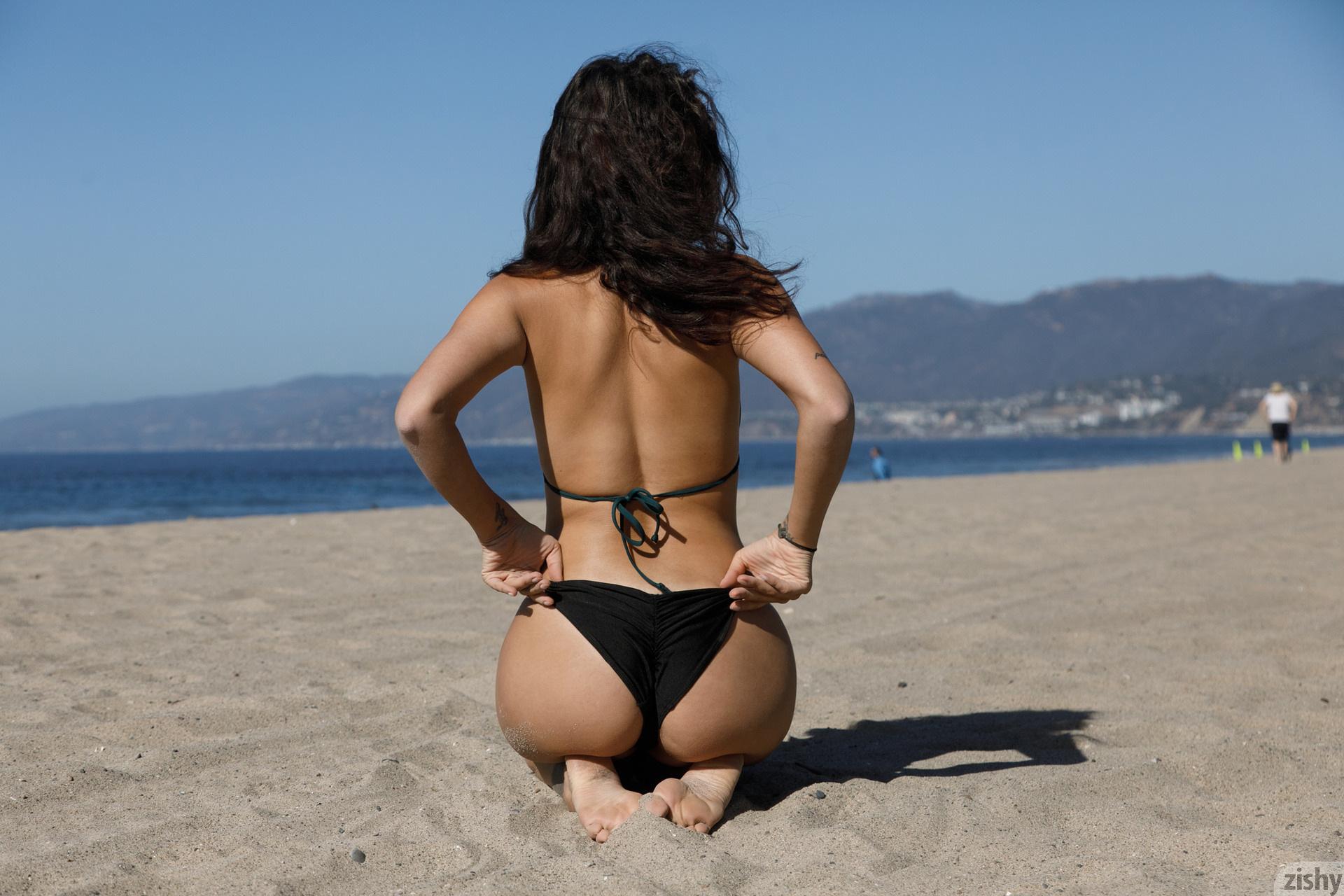 Nalani Dacus Sand Water Therapy Zishy (42)