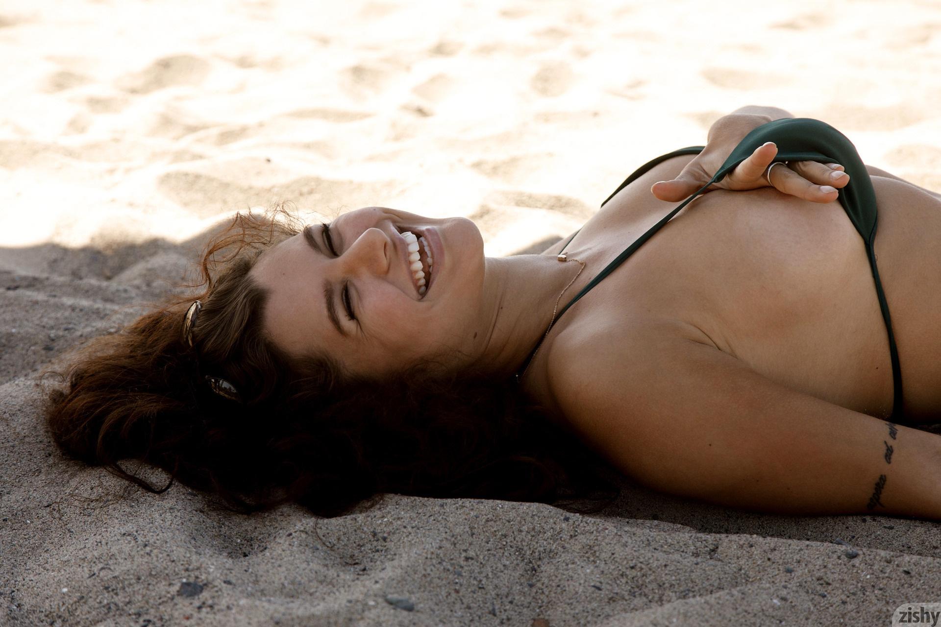Nalani Dacus Sand Water Therapy Zishy (67)