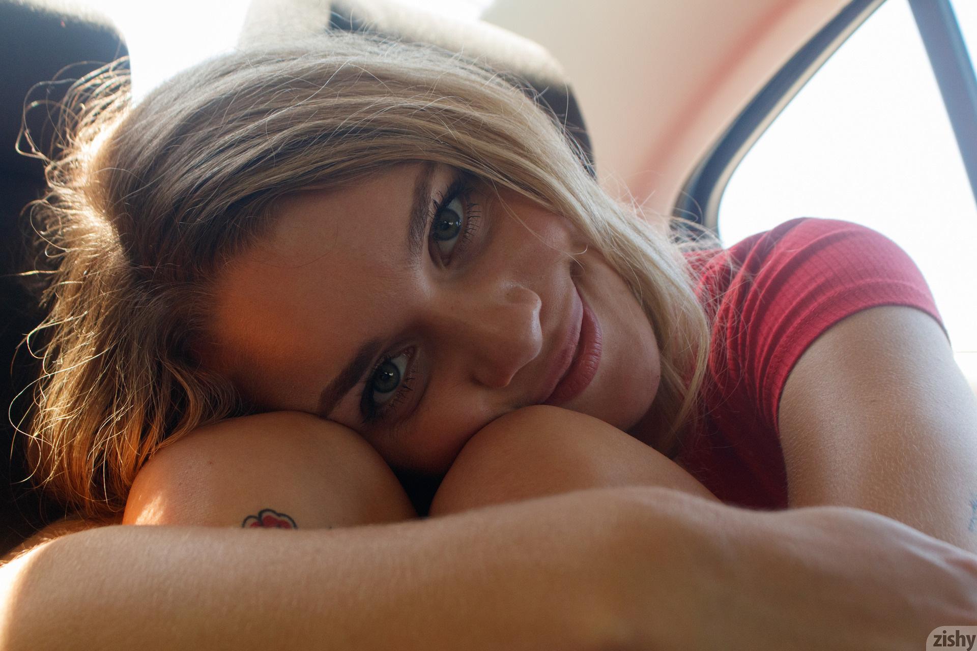 Gabbie Carter Backseat Lover Zishy (68)