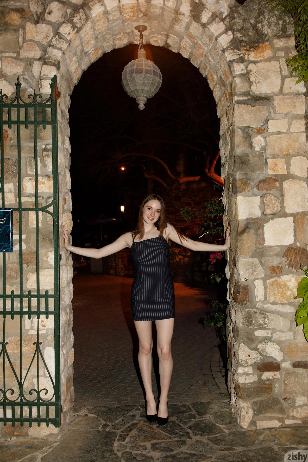 Hazel Moore Midnight At The Oasis Zishy (3)