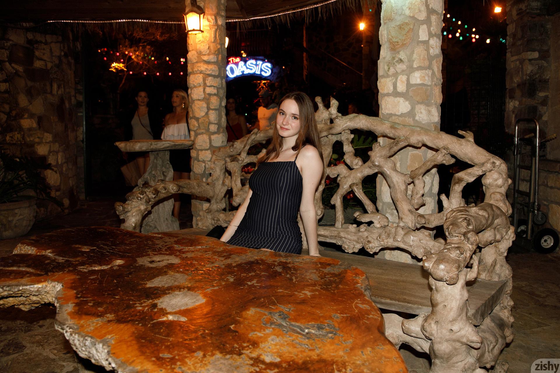 Hazel Moore Midnight At The Oasis Zishy (4)
