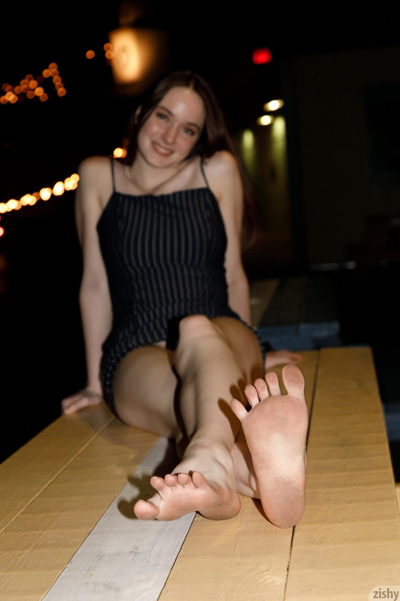 Hazel Moore Midnight At The Oasis Zishy (55)