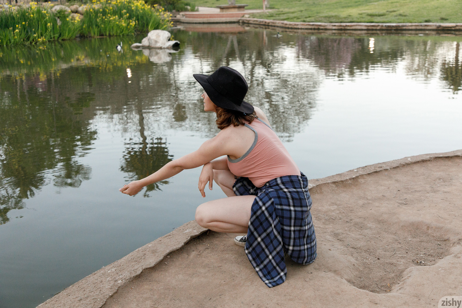 Kayla Coyote Turtles All The Way Down Zishy (12)