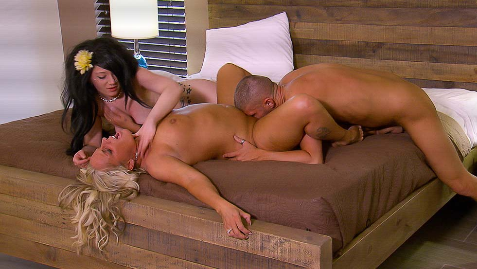 Playboy Tv, Triple Play, Season 2, Ep. 6