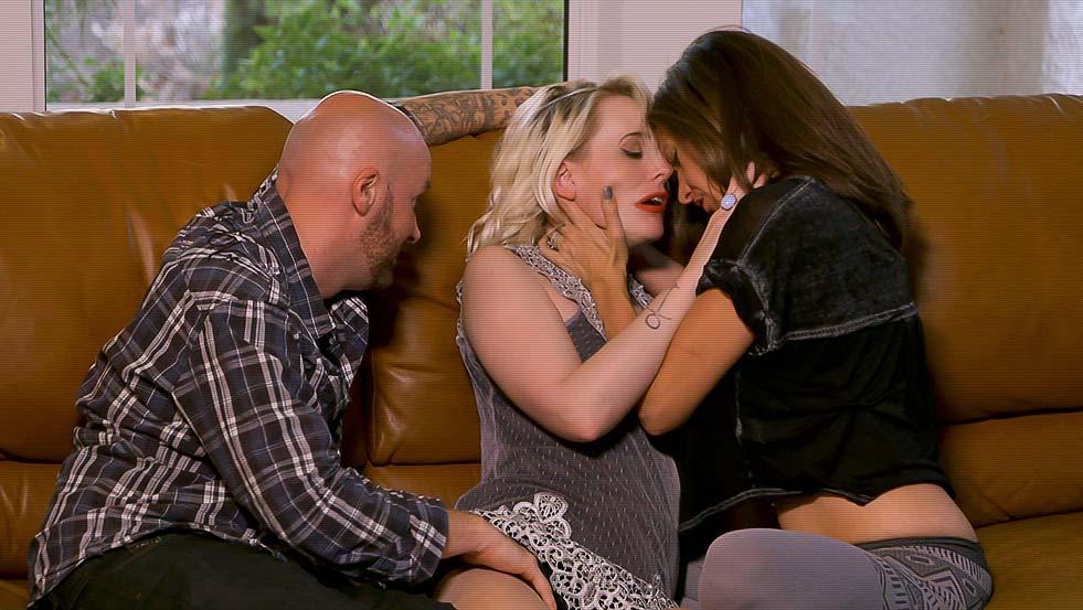 Playboy Tv, Triple Play, Season 3, Ep. 1