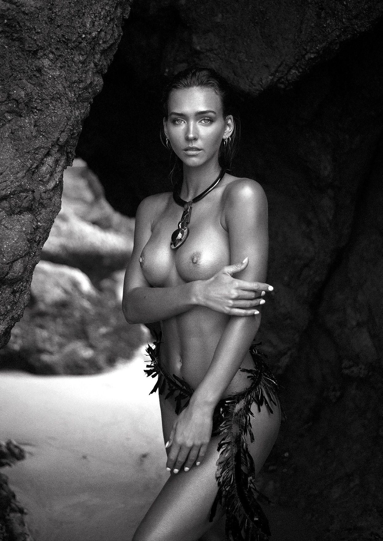 Rachel Cook Nude 0001