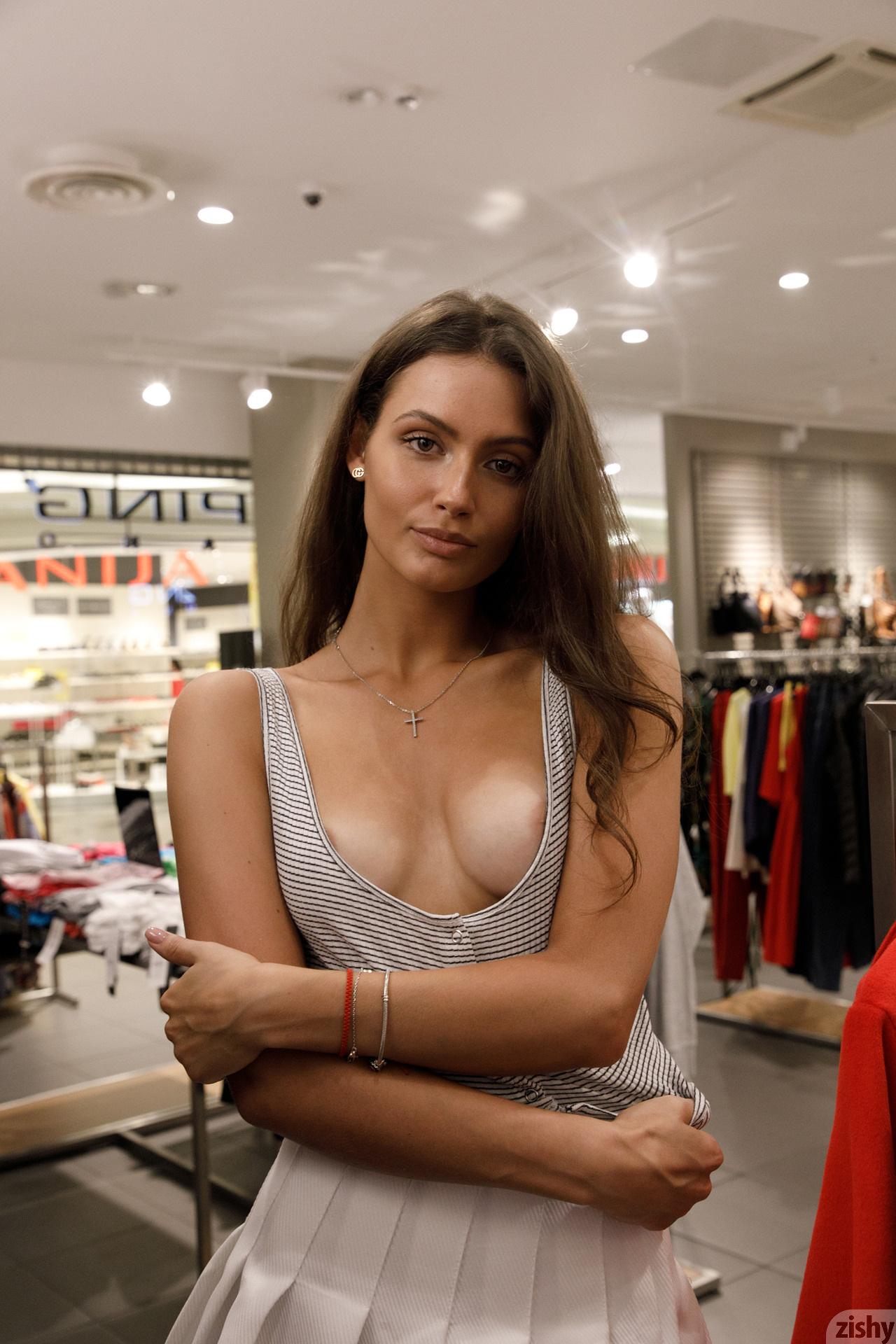 Shyla Volbeck Shopping With The Devil Zishy (84)
