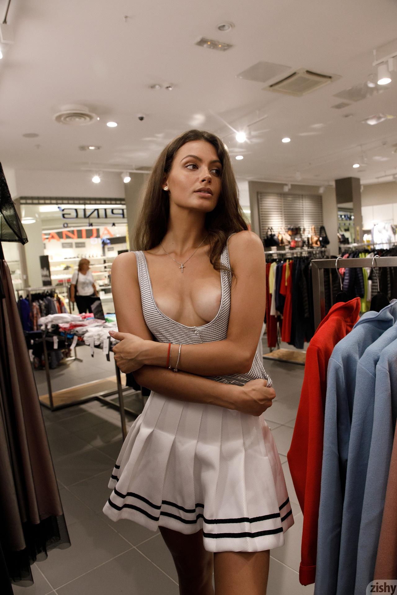 Shyla Volbeck Shopping With The Devil Zishy (86)